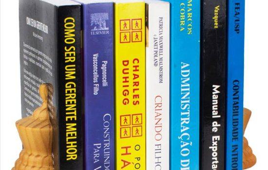 Aparador de Livros Rainha Verniz
