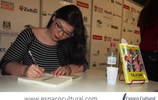 Escritora da semana: Ana De Cesaro